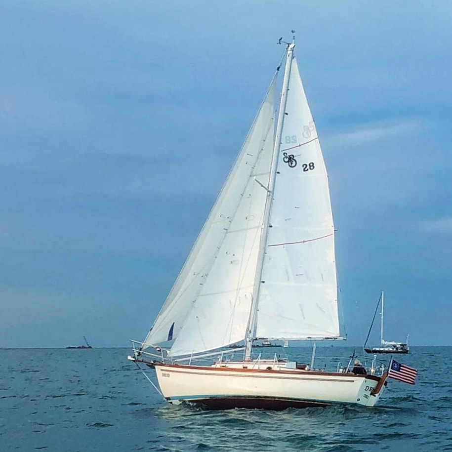 1981 Shannon 28 Sailboat s/v Druid under sail